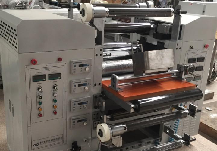 液态硅胶压延涂布机